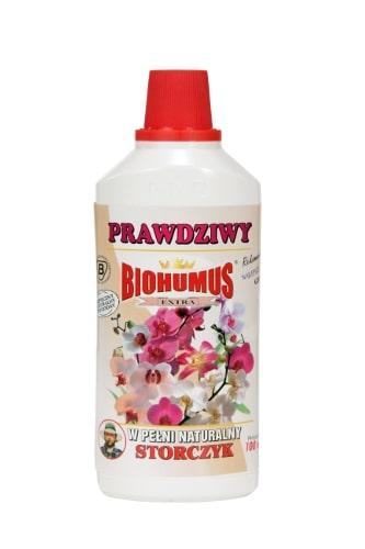 """Biohumus Extra StorczykBIOHUMUS EXTRA STORCZYK jest czystym ekologicznie produktem o charakterze biodynamicznym. Jest swego rodzaju """"szczepionką"""" uaktywniającą składniki pokarmowe podłoża, znakomicie wpływa na wzrost, kondycję i zdrowie wszelkich odmian storczyków. Sprawdzony i doceniony przez miłośników storczyków. Stosowanie:Przy każdorazowym zapotrzebowaniu na wodę, 3-4 nakrętki na 1 litr wody"""